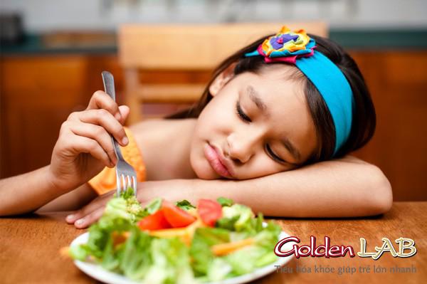 Đi tìm thuốc chữa biếng ăn cho trẻ ?