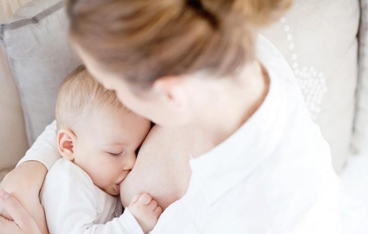 Trị tiêu chảy cho bé