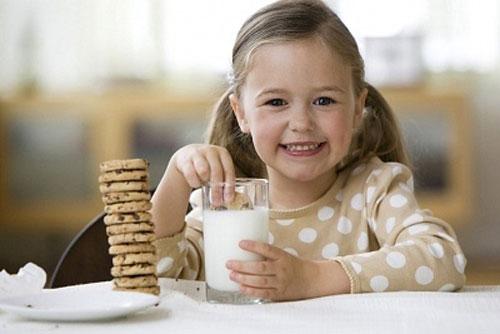Điểm danh các loại sữa tăng cân cho bé được mẹ Việt tin dùng