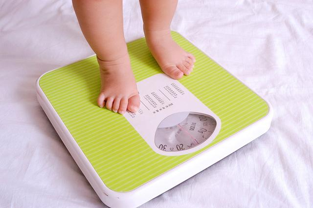 Các loại sữa tăng cân cho bé bán chạy nhất hiện nay