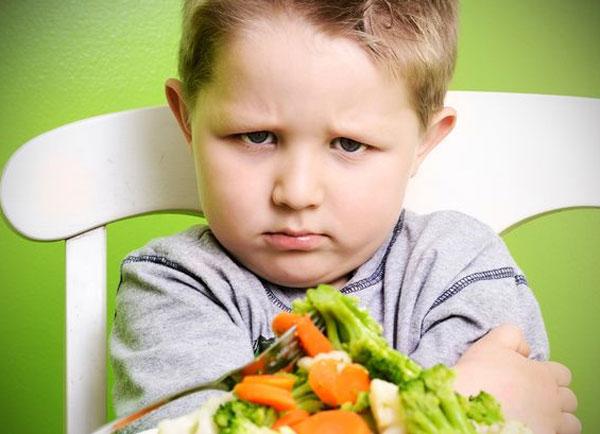 Giải pháp cho tình trạng bé biếng ăn chậm tăng cân mà không cần ép ăn